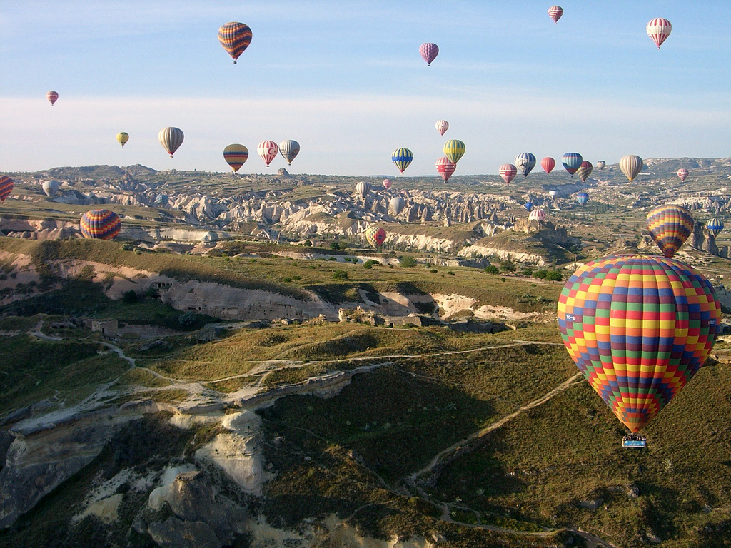 Family holidays in Turkey will be filled with a thrill a minute, especially if you go to Cappadocia to see the hot air balloons ... photo by CC user squish_e on Flickr